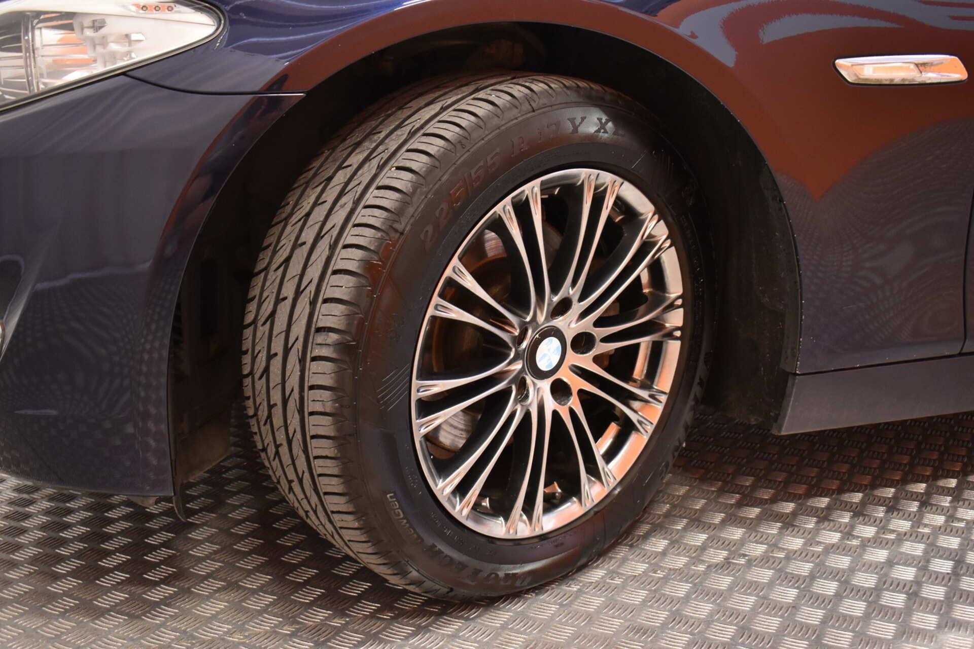 BMW 520 - 113645 - kuva 30